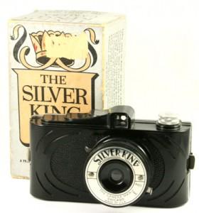 s0466-Camera Man Silver King